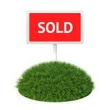 Segno venduto con erba Fotografia Stock Libera da Diritti