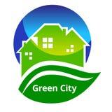 Segno verde della città Fotografie Stock Libere da Diritti
