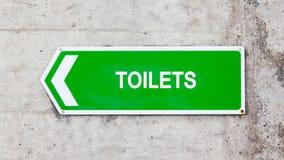 Segno verde - toilette Fotografia Stock Libera da Diritti