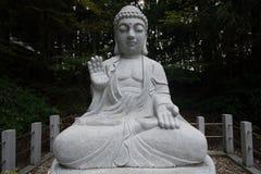 Segnung großer Stein-Buddha-Statue stockbild