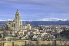 Segovia都市风景。 著名西班牙地标 免版税库存图片