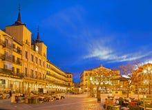 SEGOVIA, ΙΣΠΑΝΙΑ, ΑΠΡΙΛΙΟΣ - 14, 2016: Το τετράγωνο δημάρχου Plaza και η αγορά πρωινού Στοκ εικόνα με δικαίωμα ελεύθερης χρήσης