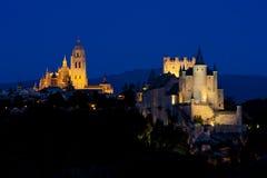 Segovia en la noche, el Castile y León, España imagen de archivo libre de regalías