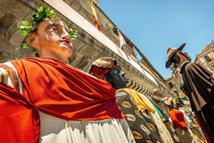 Segovia Hiszpania, Czerwiec, - 29, 2014: Giganty i duże głowy Obrazy Stock