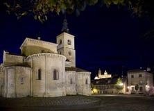 Segovia kerk met nachtverlichting Royalty-vrije Stock Afbeelding