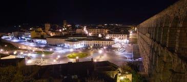 Segovia och akvedukt på natten royaltyfri fotografi