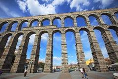 Segovia, Spanien Ansicht am alten römischen Aquädukt Lizenzfreies Stockbild