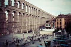 Segovia, Spanien - 21. Juni 2014: Der berühmte alte Aquädukt in Seg Stockbild