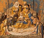 SEGOVIA, SPANJE: Polychrome barokke hulp van Begrafenis van Jesus in atrium van kerk Monasterio DE San Antonio el Real van 15 cen stock afbeeldingen