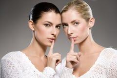 Segredos das mulheres fotos de stock royalty free