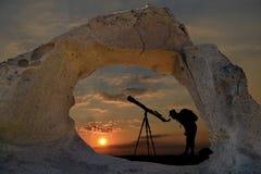 Segredos do céu, dos planetas misteriosos e da observação fotos de stock royalty free