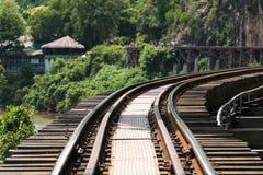 Segunda guerra mundial de madeira da história da estrada de ferro no kwai do rio Imagens de Stock Royalty Free