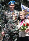 A segunda guerra mundial Vetrans chega no memorial de Chisinau Foto de Stock