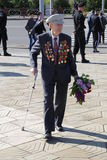 A segunda guerra mundial Vetrans chega no memorial de Chisinau Fotografia de Stock Royalty Free