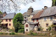 Segur-le-castillo francés, un pueblo francés hermoso Imagen de archivo libre de regalías