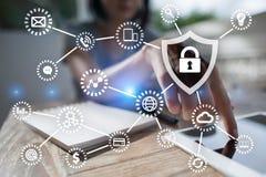 Segurança do Cyber, proteção de dados, segurança da informação Conceito do negócio da tecnologia ilustração royalty free