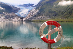Segurança e   a geleira Fotos de Stock