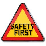 Segurança em primeiro lugar na estrada ilustração royalty free