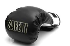 Segurança - uma luva de encaixotamento Fotografia de Stock