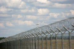 Seguridad aeroportuaria Foto de archivo libre de regalías