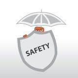 Seguridad detrás de un escudo y debajo del paraguas Fotos de archivo