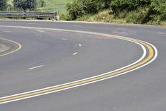 Seguridad en carretera: Curvas agudas imágenes de archivo libres de regalías
