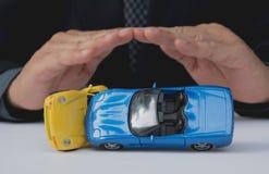 Seguro de carro e conceito dos serviços do carro Proteção do carro Imagem de Stock