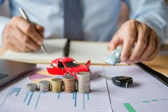 seguro y financiamiento de coche fotografía de archivo