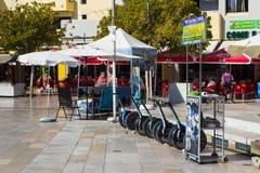 Segway个人运输者聘用中心在Albuferia在葡萄牙 免版税库存照片