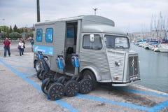 Segway i Portugal - hyra fotografering för bildbyråer