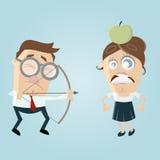 Sehbehinderter Mann, der eine Frau mit einem Apfel auf ihrem Kopf anstrebt Lizenzfreies Stockbild