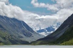 Sehen Sie auf Belukha die höchste Erhebung von Altai an Stockbilder
