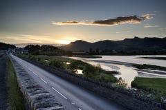 Sehen Sie das Blicken in Richtung der Snowdonia-Gebirgszuglandschaft während a an Lizenzfreie Stockfotos