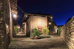 Sehen Sie Form das Innere des mittelalterlichen Dorfs von Ricetto di Candelo in Piemont an, benutzt als Schutz zuzeiten des Angri Stockfotografie