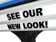Sehen Sie unser New Look-Restaurant, Neukonstruktions-Zeichen-Buchstaben zu speichern Stockfoto