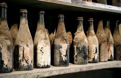 Sehr alte Flaschen Stockbild