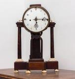 Sehr alte Uhr des 16. Jahrhunderts stockbilder