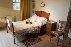 Altes Schlafzimmer Stock Photos - Royalty Free Pictures