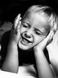 Sehr glücklicher Junge lizenzfreies stockfoto