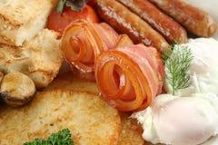 Sehr großes Mischgrill-Frühstück stockfotografie