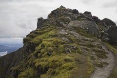 Sehr nahe dem Gipfel, nur eine kurze Strecke zu gehen lizenzfreies stockfoto