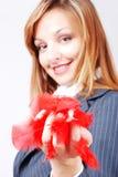 Sehr nette und attraktive Mädchenstellung lizenzfreie stockfotos