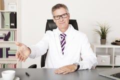 Sehr welcomimg Hausarzt Lizenzfreies Stockfoto