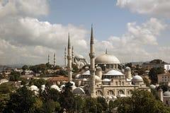 Sehzade moské och Suleymaniye moské Arkivfoto