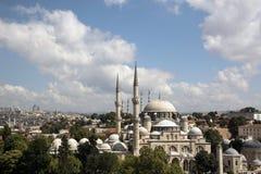 Sehzade moské och Suleymaniye moské Arkivbild