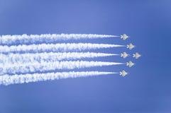 Sei Falcons di combattimento dell'aeronautica di Stati Uniti F-16C, Immagini Stock