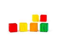 Sei ha colorato i cubi isolati su fondo bianco Fotografia Stock