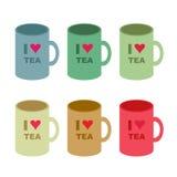 Sei varianti di colore di & x22; Amo Tea& x22; Tazza su fondo bianco Immagini Stock Libere da Diritti