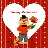 Seien Sie meine Valentinsgrußbeschriftungskarte mit der netten Ingwerkatze, die eine nette Blume auf Liebeshintergrund hält Stockfoto