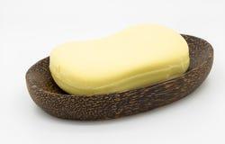 Seife auf hölzerner Platte Lizenzfreies Stockbild